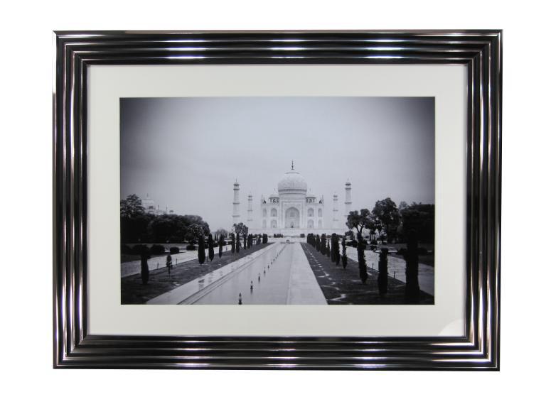 10773 Taj Mahal 107 x 81cm