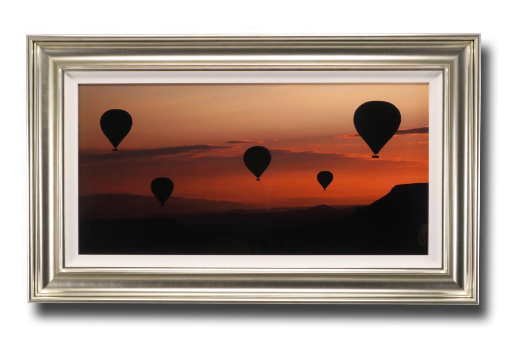 13607 Balloons 112 x 66cm