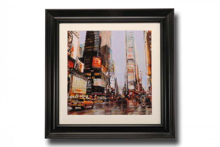 13603 Taxi in Times Square 84 x 84cm