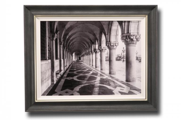 13621 Venetian Path 101 x 81cm
